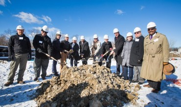 CRUZ COMPANIES AND SECRETARY ASH BREAK GROUND ON RESIDENCES AT HARVARD COMMONS PROJECT